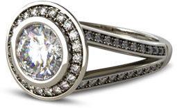 split shank bezel halo e1486514683525 - Halo engagement rings