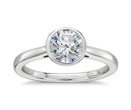 Round Diamond Bezel Set Solitaire Engagement Ring (Platinum)