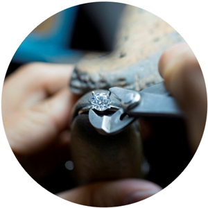 bending prongs - How Engagement Rings Are Made