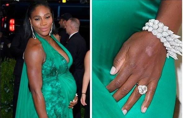 3 Serena Williams Engagement Ring Close Up e1533173063441 - Serena Williams's Engagement Ring