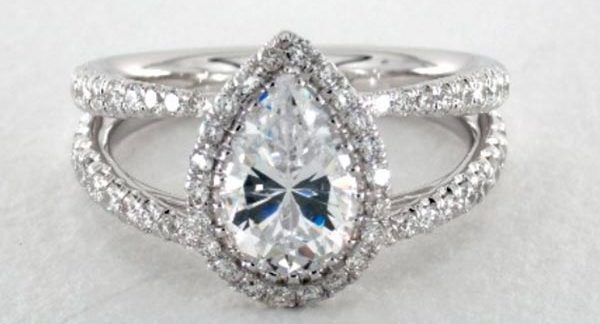 Sophie Turners Engagement Ring Double Band Setting