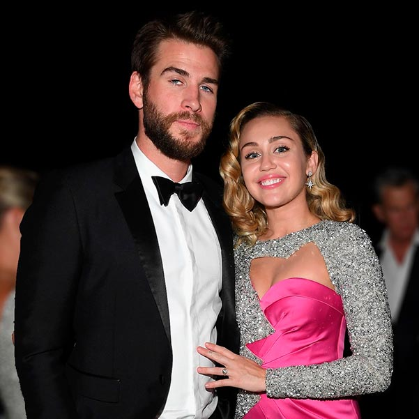 Miley Cyrus Engagement Ring Miley Cyrus And Liam Hemsworth