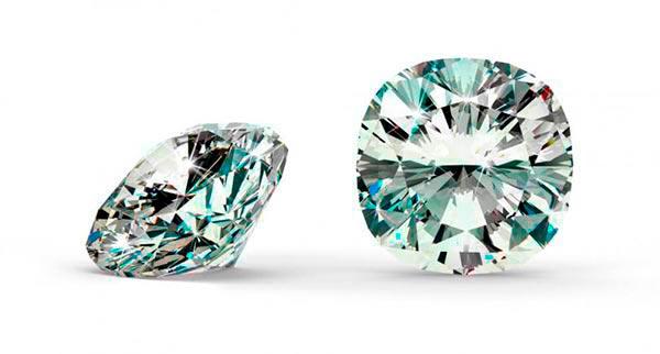 5 Meghan Trainors Engagement Ring Cushion Cut Diamond - Meghan Trainor's engagement ring