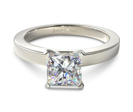 Flat edged princess cut diamond solitaire engagement ring
