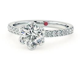 Blossom Round diamond centre and pavé diamonds