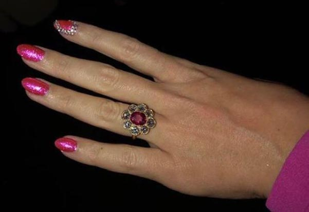3 Katy Perrys Engagement Ring Second View - Katy Perry's Engagement Ring