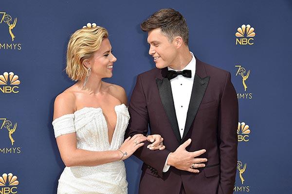 Scarlett Johanssons Engagement Ring Scarlett Johansson And Colin Jost