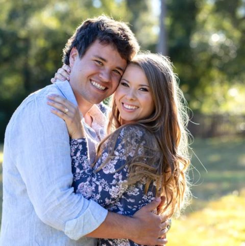 Bindi Irwins Engagement Ring Bindi Irwin and Chandler Powell