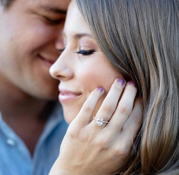 3 Bindi Irwins Engagement Ring Ring Close Up - Bindi Irwin's Engagement Ring
