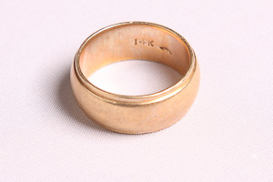 14k gold ring - The best place to sell gold for cash